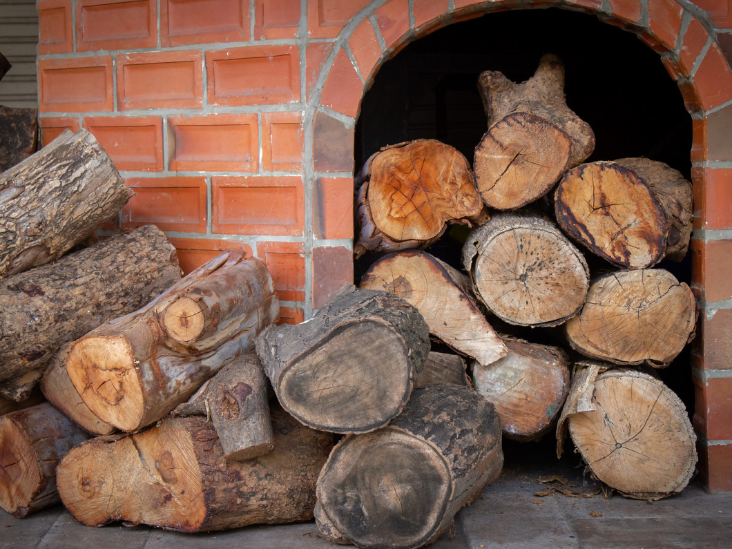 Seek out firewood sales to find good deals